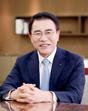 [CEO탐구]조용병 신한금융그룹 회장, 'ONE신한'으로 리딩뱅크 탈환한다