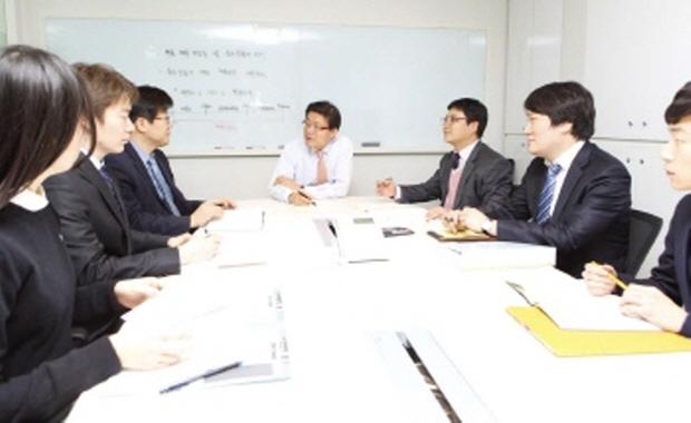 금융조세2월_디지털매거진2.jpg